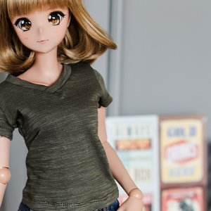 SD13 Girl & Smart Doll Vneck Basic T shirt - Khaki