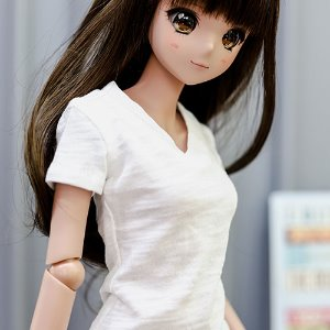 SD13 Girl & Smart Doll Vneck Basic T shirt - White